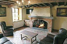 Apartment for 8 people in Mondrepuis Aisne
