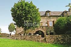 Apartment for 6 people in Saint-Martin-de-Lenne Aveyron