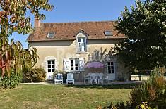 Apartment for 6 people in Saint-Bohaire Loir-Et-Cher