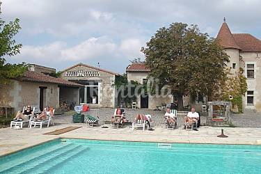 Appartement en location lencloitre lencloitre vienne for Piscine de lencloitre